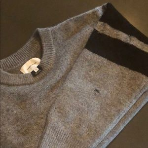 Current/Elliott distressed rugby gray/blk sweater